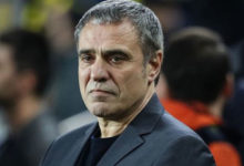 Photo of Ersun Yanal istifa etti
