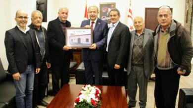 Photo of Başbakan Tatar Silugulular Dayanışma Derneği heyetini kabul etti