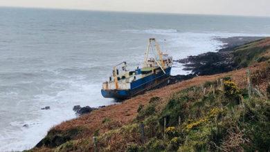 Photo of Afrika'da kaybolan hayalet gemi İrlanda'da karaya oturdu