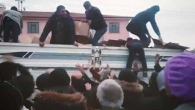Photo of Elazığ'daki 'yardım' görüntüleri tepki topladı