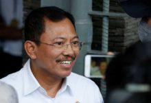 Photo of Endonezya Sağlık Bakanı: Koronavirüsten dualarla korunuyoruz