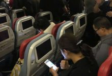 Photo of Uçakta cep telefonunu kapatmayana 2 bin 603 lira ceza