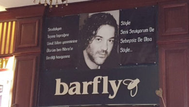 Photo of Arda Gündüz'den örnek davranış: Barfly'ı tedbir için kapattı