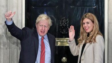 Photo of Britanya Başbakanı Boris Johnson ve sevgilisi Carrie Symonds bebek bekliyor
