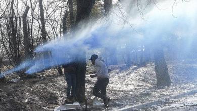 Photo of Yunan askerlerden sığınmacılara sert müdahale