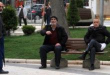 Photo of Türkiye'de 65 yaş üstüne dışarı çıkma sınırlaması