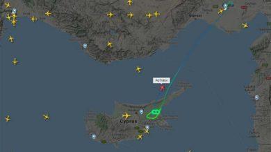 Photo of Fırtına nedeniyle uçaklar Ercan'a inmekte zorlanıyor