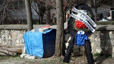 Photo of Fındık'ın önlüğü okuldaki kulübesine asıldı
