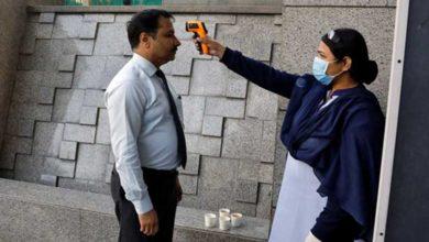 Photo of Hindistan corona virüs yüzünden ülkeye girişleri yasakladı