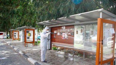 Photo of Gazimağusa Belediyesi toplu yaşam alanlarında Korona virüse karşı ilaçlama yapıyor