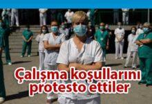Photo of İspanya'da sağlık çalışanları eylem yaptı