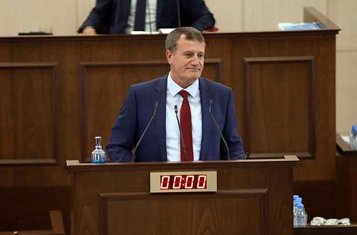 Yeniden Doğuş Partisi Genel Başkanı Erhan Arıklı