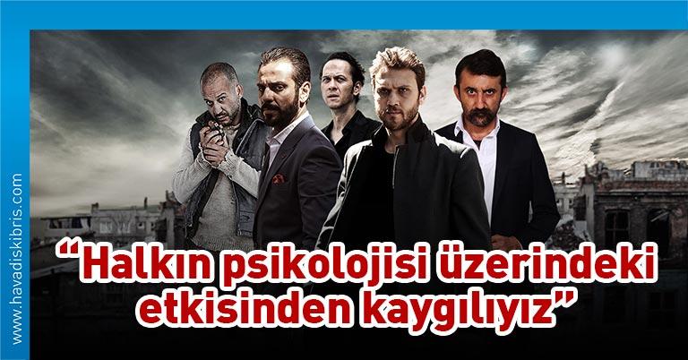 Afganistan Enformasyon ve Kültür Bakanlığı, Tolo televizyonunda yayımlanan Türk dizisi 'Çukur'un yayından kaldırılması talebinde bulundu.