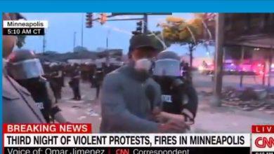 Photo of CNN muhabirine canlı yayında kelepçe