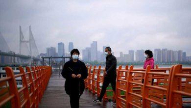 Photo of Vuhan'da maskeyle koşan adamın akciğeri patladı