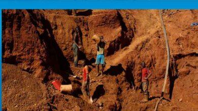 Photo of Zimbabve'de maden işleten Çinli patron iki işçiyi silahla vurdu