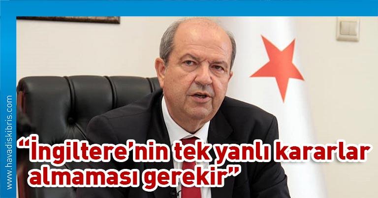 Başbakan Ersin Tatar, Güney Kıbrıs Rum Yönetimi ile İngiltere arasında İngiliz Egemen Üsler Bölgelerinin askeri amaçlar haricindeki alanlarının sivil kullanıma açılması yönünde 2014'te yapılan anlaşmanın uygulama aşamasına gelindiği yönündeki haberlere tepki gösterdi