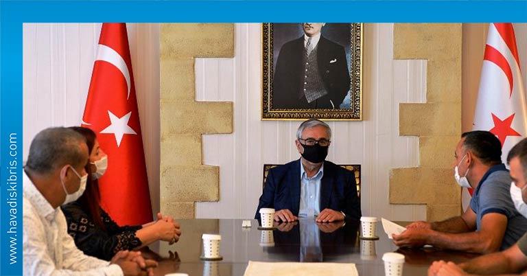 Mustafa Akıncı esnaf ziyaret