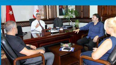 Photo of Turizm Bakanı Evren, KAMUSEN heyetini kabul etti