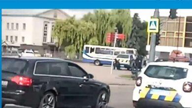 Photo of Ukrayna'da rehine krizi: Otobüsteki 20 kişi rehin alındı
