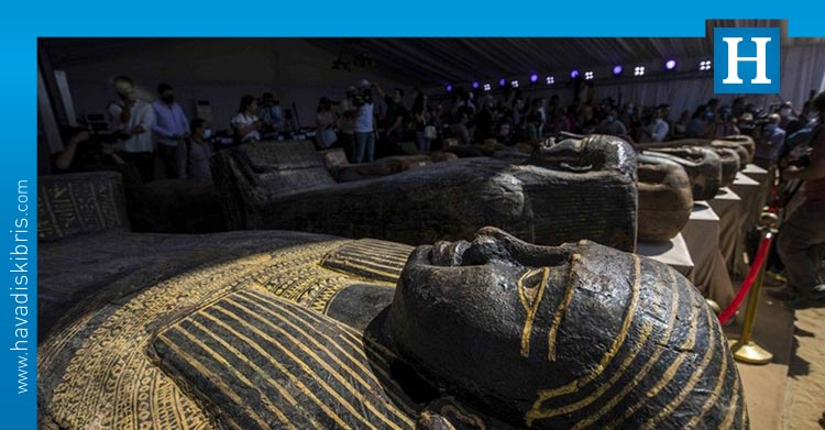 iki bin yıllık tabut