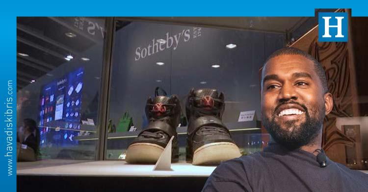 Kanye West'in ayakkabıları