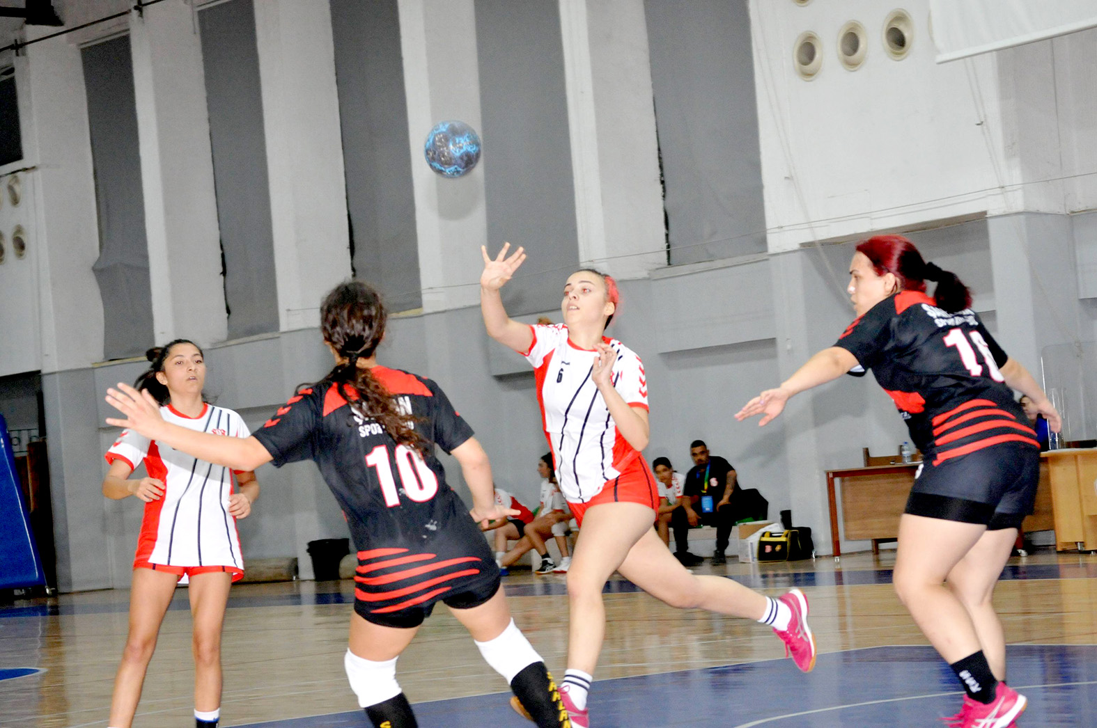Hentbol Kadınlar