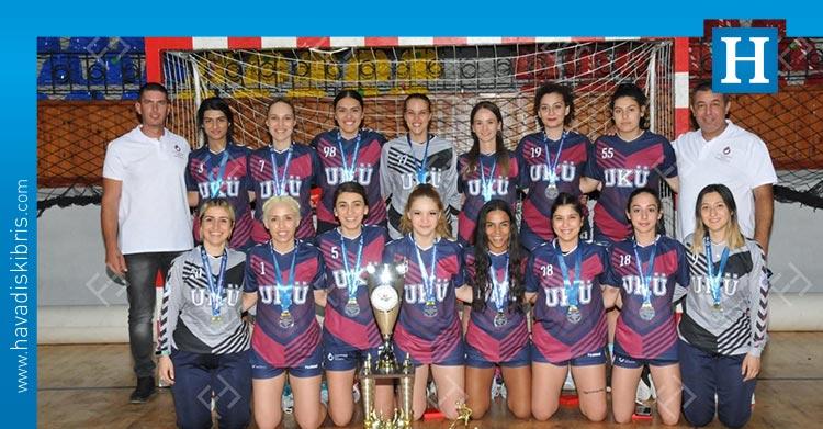 UKÜ Hentbol Kadın takımı